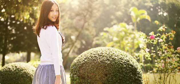 Blend ảnh màu ấm và có tia nắng lấp lánh