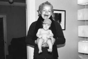 Những bức ảnh hoán đổi gương mặt cực hài hước